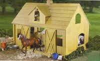 BREYER TRADITIONAL DELUXE WOOD BARN
