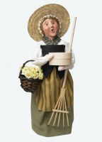 BYERS' CHOICE COLONIAL HARVEST WOMAN