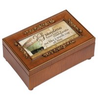 COTTAGE GARDEN MUSIC BOX GRANDMA