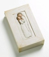 WILLOW TREE MEMORY  BOX EMBRACE