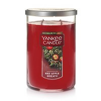 YANKEE 22.7oz CYLIND RED APPLE WREATH