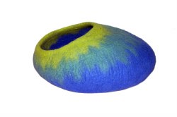 Dharma Dog Karma Cat - Felted Bed - Ombre Cave - Blue/Green