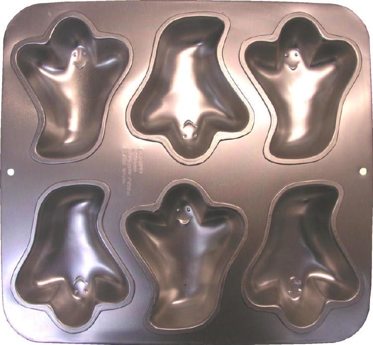 Wilton Mini Ghost Pan