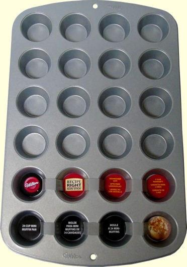 Wilton Rr 24 Cup Mini Muffin Pan