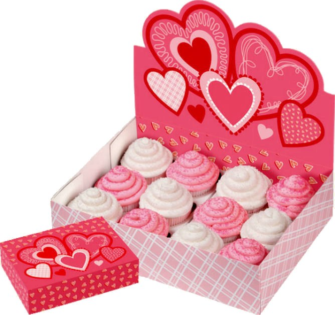 Wilton Valentine Cupcake Box And Disp