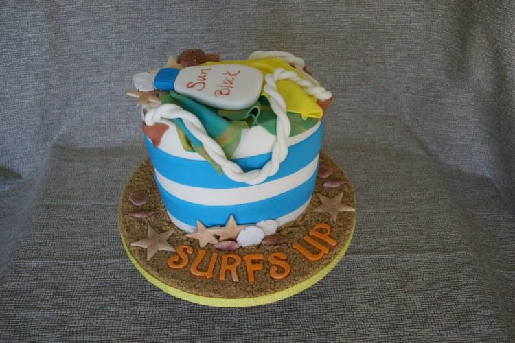 Supply Kit Beach Bag Cake