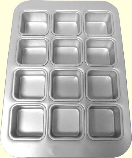 Muffin Pan 12 Squares