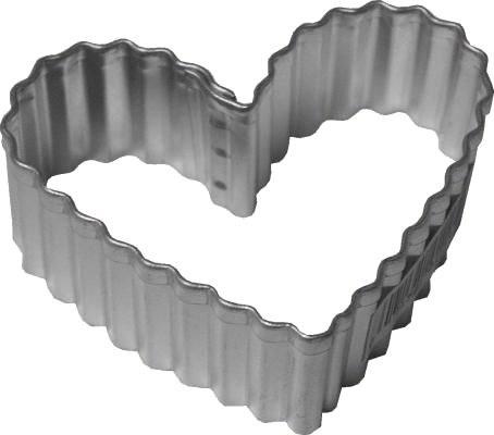 R & M International Metal Cutter: Fluted Heart