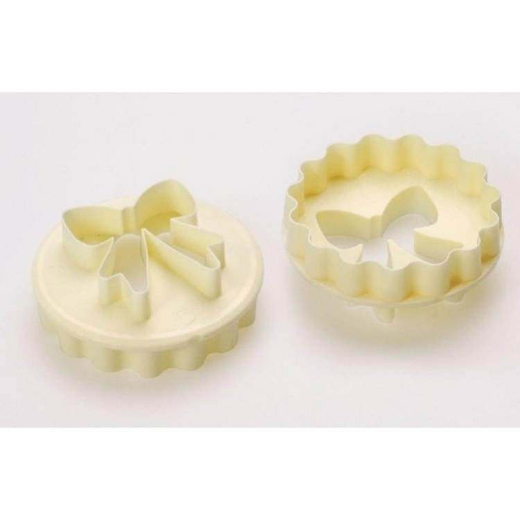 CK Product Scalloped Bow Cutter