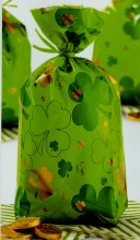 Wilton Shamrock Party Bags