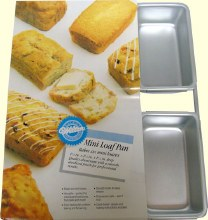 Wilton Mini Loaf Pan