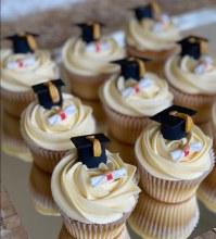 Supply Kit Grad Cupcakes