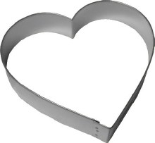 R & M International Mettal Cutter: 5' Heart