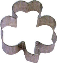 R & M International 5 1/2' Shamrock Cookie Cutter