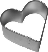R & M International Metal Cutter: 2' Heart