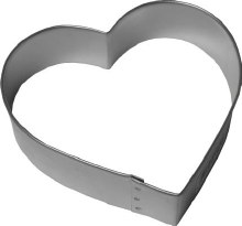 R & M International Metal Cutter: 4' Heart