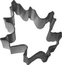 R & M International Metal Cutter: Oak Leaf