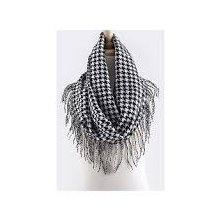 Houndstooth Scarf With Fringe