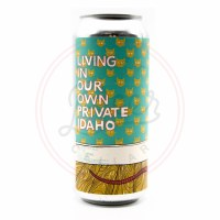 Living Private Idaho - 16oz