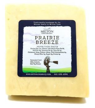 Prairie Breeze Cheddar, 9 Mont (1/2lb)
