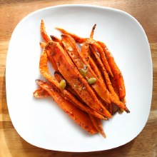 Harissa Roasted Carrots (1/3lb)