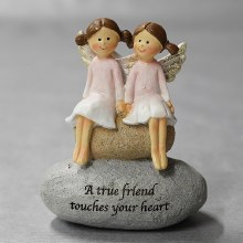 9567  Best friends Angel on a Stone 10cm