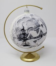 P2436 White and Siver Christmas Scene Bauble