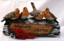690149 Nollaig Shona Christmas Robin Log 19 x 15cm