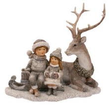 687744 Silver Christmas Deer with Children 17cm