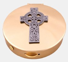 Celtic Cross Pyx Gilt (12 hosts)