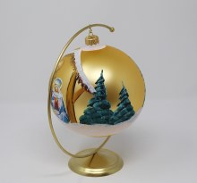 IK016 Gold Nativity Scene  Christmas  Bauble