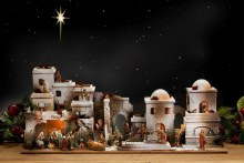 Large Bethlehem Nativity Village scene (100 x 50cm)