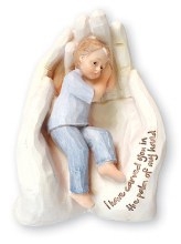34620 Boy In the Psalm of Hand 15cm