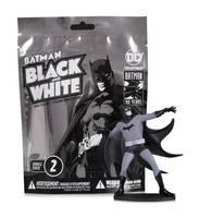 Batman Black & White Blind Bag Mini Figs W2 (18 Pc Cs) (Net)