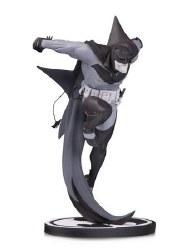 Batman Black & White Statue White Knight By Sean Murphy