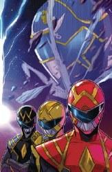 Go Go Power Rangers #32 Cvr A Carlini Connecting (C: 1-0-0)