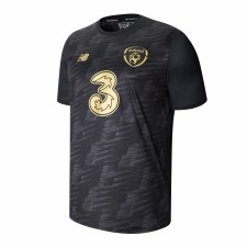 New Balance Ireland FAI Graphic Tee Adults 2019-2020 (Black Print Gold) Small