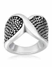 Modern hammered ring sz. 7