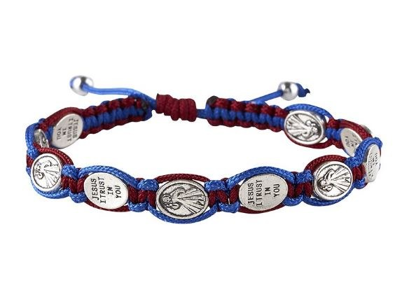 DIVINE MERCY RED/BLUE MACRAME BRACELET