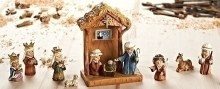 "11PC SET 8"" STABLE & NATIVITY"