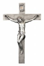 CRUCIFIX IN A PEWTER STYLE FINISH
