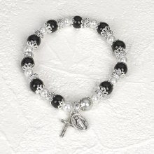 BLACK ROSARY BRACELET WITH PEARLS