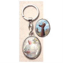 POPE FRANCIS WITH ST FRANCIS KEY CHAIN