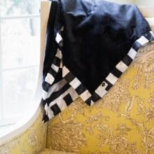 Bumblito BabyBee Luxe Blanket Manhattan