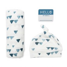 Lulujo Hello World Swaddle & Hat Set - Triangle