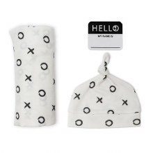 Lulujo Hello World Swaddle & Hat Set - Hugs & Kisses