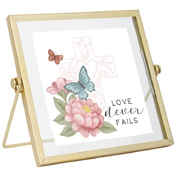 """""""Love"""" Table Décor"""