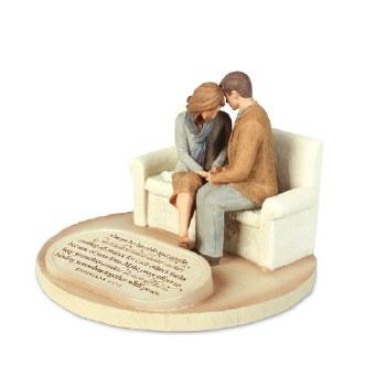 PRAYING COUPLE Figurine