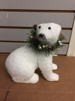 Polar Bear w/ Wreath