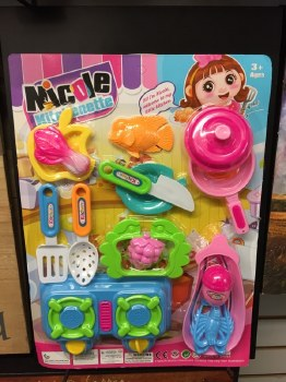Nicole Kitchenette Cooking Set